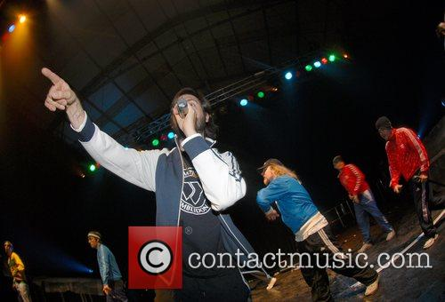 Goldie Lookin Chain and Nass Festival 19