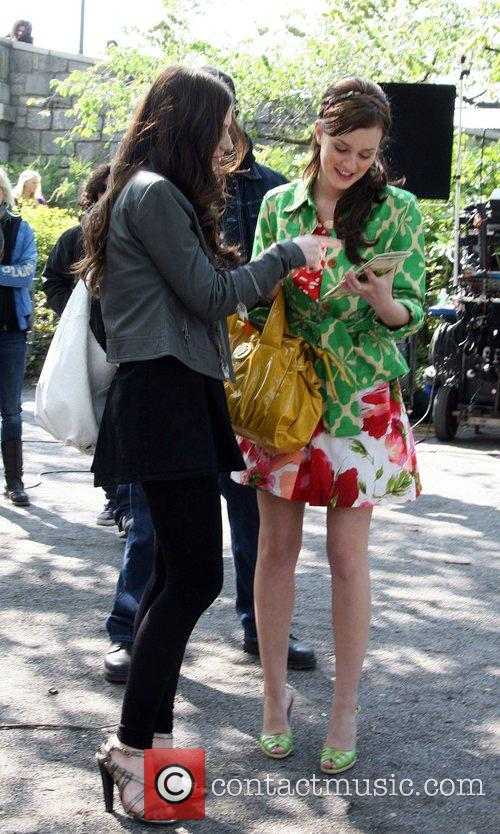 Michelle Trachtenberg and Leighton Meester on the set...
