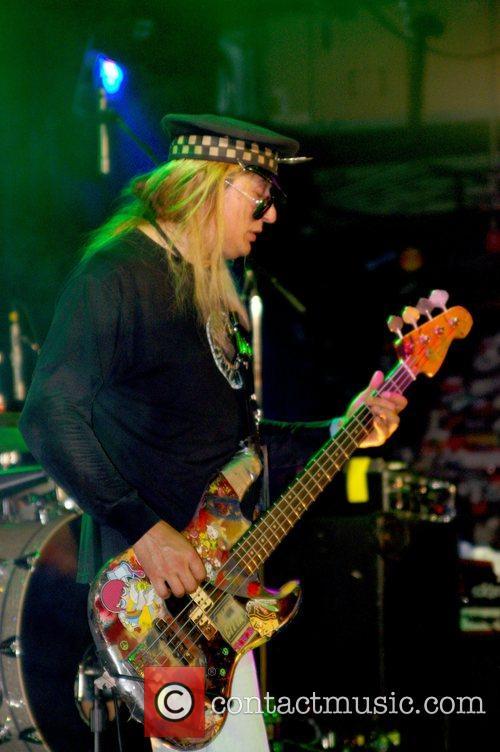 Chip Z' Nuff  Guns N Roses 20th...
