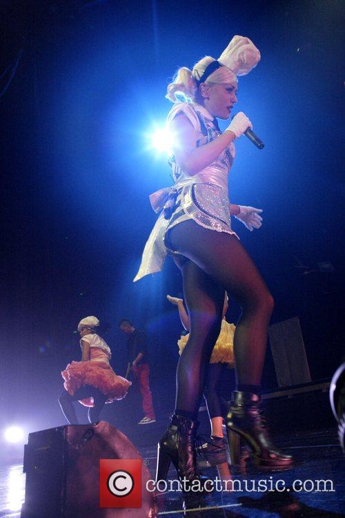 Gwen Stefani 45