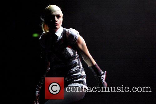 Gwen Stefani 51