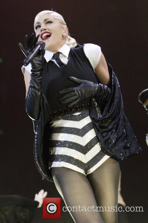 Gwen Stefani 43