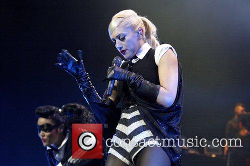 Gwen Stefani 44