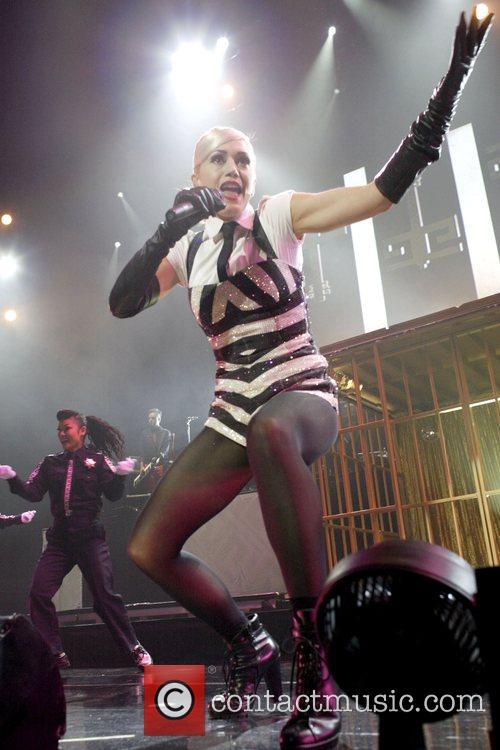 Gwen Stefani 25