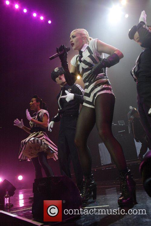 Gwen Stefani 15