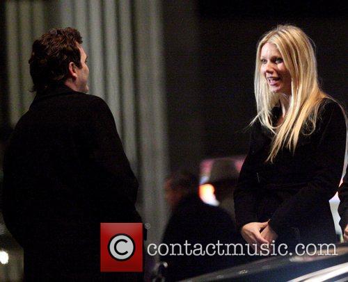 Gwyneth Paltrow and Joaquin Phoenix 1