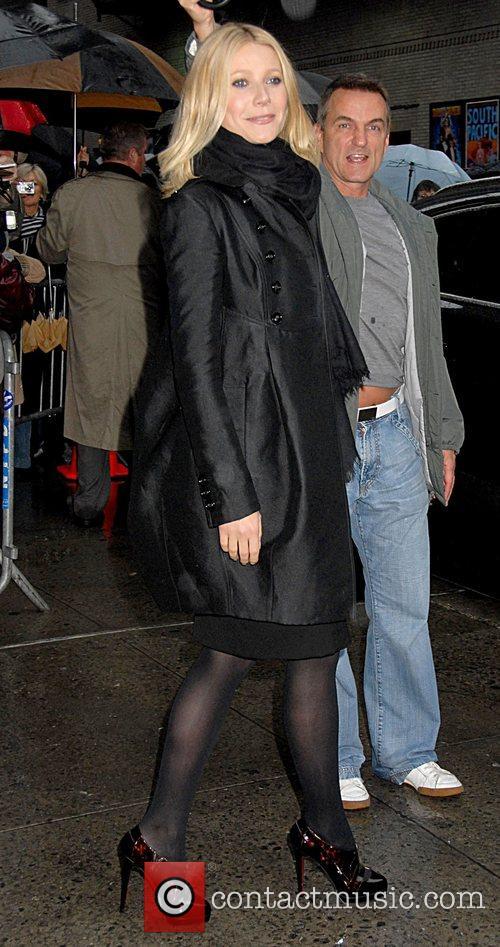 Gwyneth Paltrow and David Letterman 6