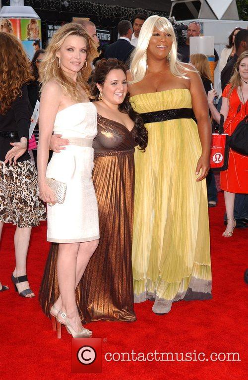 Michelle Pfeiffer, Nikki Blonsky and Queen Latifah Los...