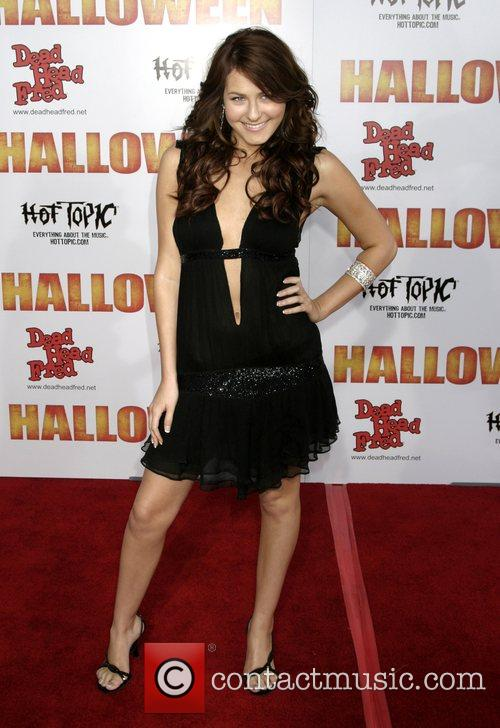 Scout Taylor-compton 3