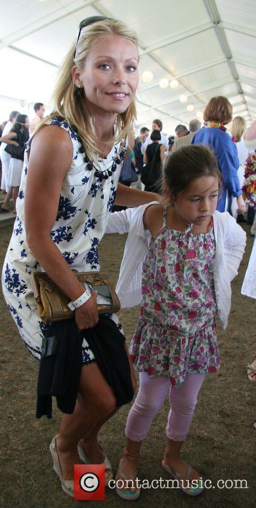 Kelly Ripa and Daughter Lola 8
