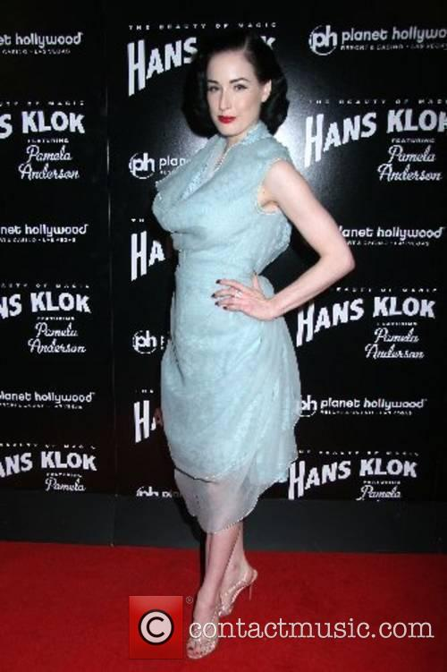 Dita Von Teese Hans Klok's 'The Beauty of...