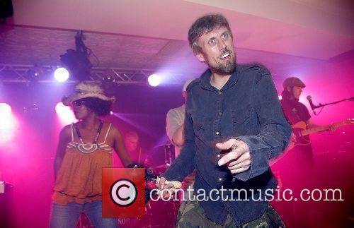 Happy Mondays 7
