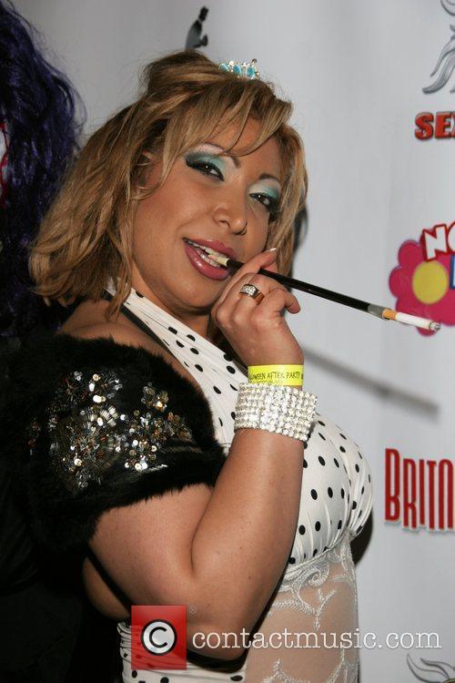 Latia Lopez 3