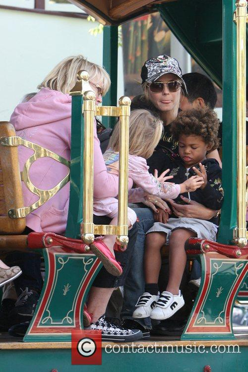 Heidi Klum, family at the Grove and West Hollywood 12
