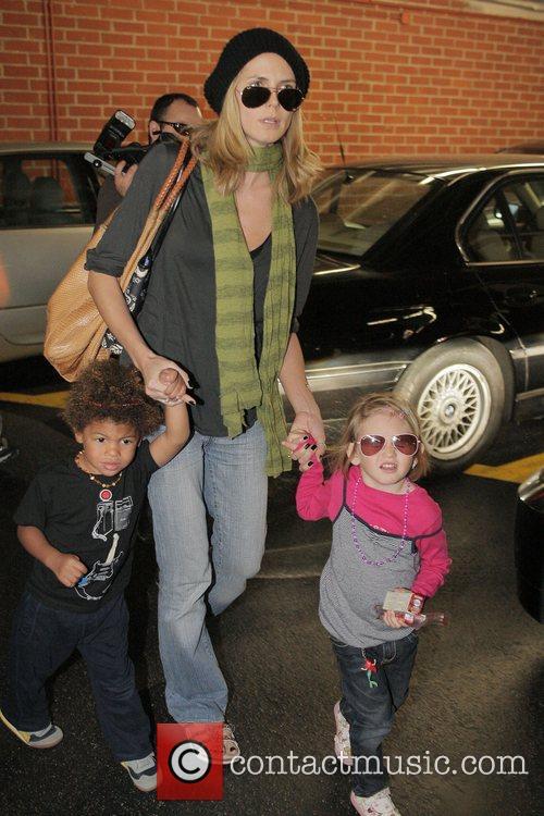 Heidi Klum leaving a medical center in Beverly...