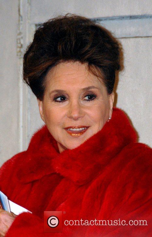 Cindy Adams 9