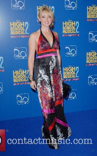 Jennifer Tisdale High School Musical 2 - premiere...
