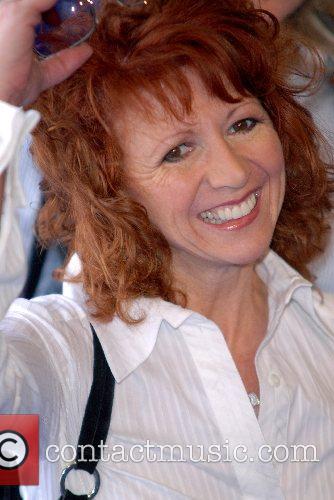 Bonnie Langford High School Musical 2 - premiere...