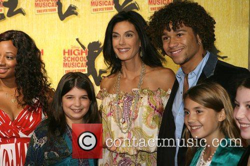 Corbin Bleu, Teri Hatcher and her daughter Emerson...