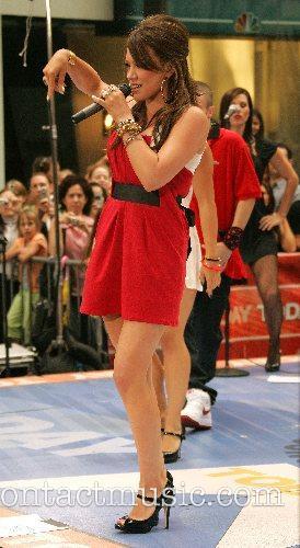 Hilary Duff 67