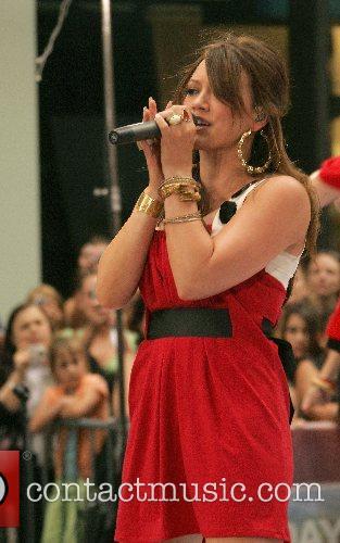 Hilary Duff 40