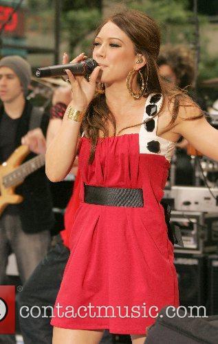 Hilary Duff 62