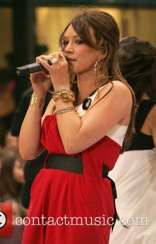 Hilary Duff 90