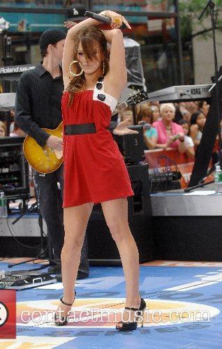 Hilary Duff 94