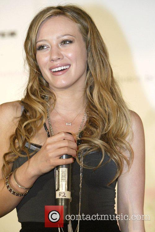 Hilary Duff 16