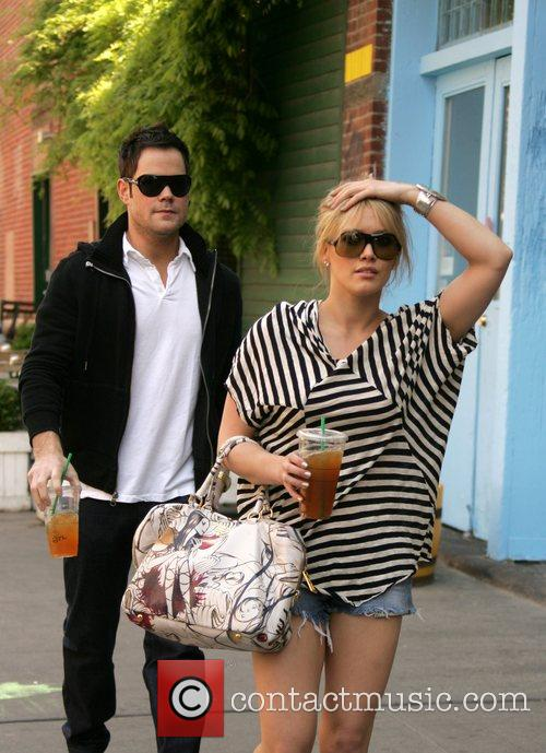 Hilary Duff and Her Boyfriend Mike Comrie 8