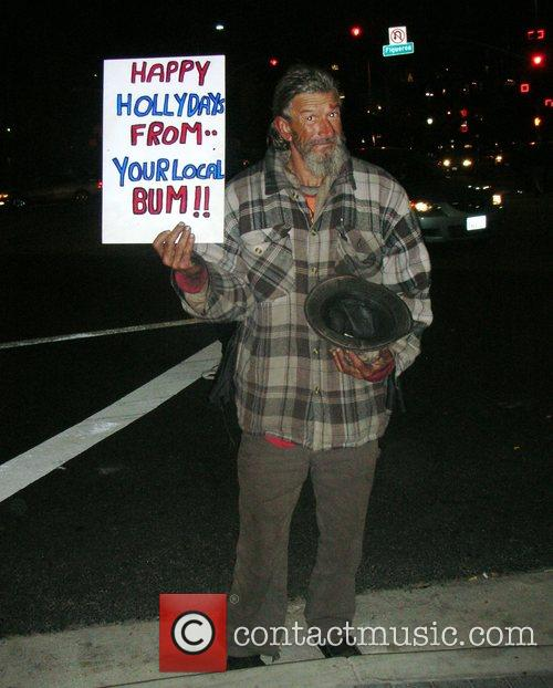 A Los Angeles tramp brings Christmas cheer to...
