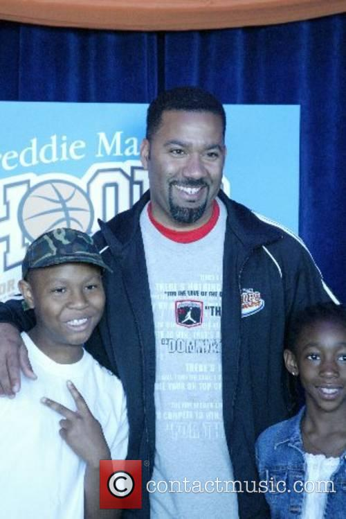 Gilbert Arenas Hoops For The Homeless event to...