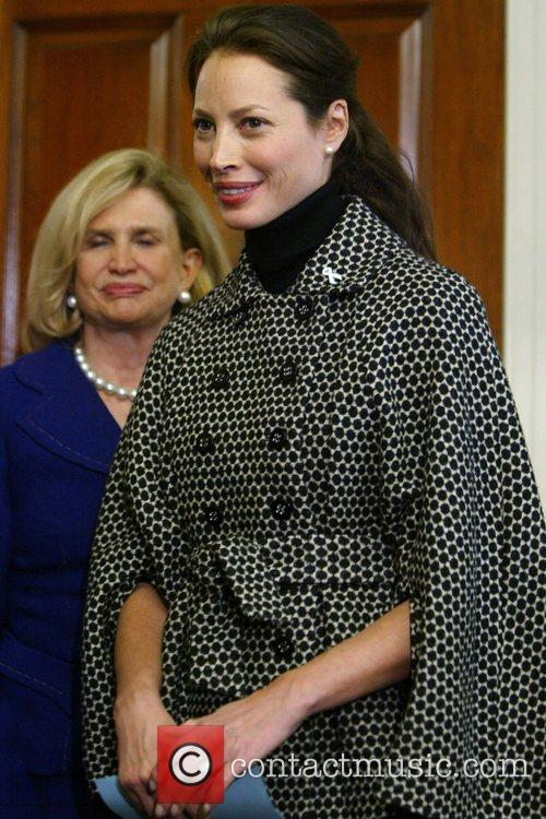 Christy Turlington Burns joins several congresswomen and Fistula...