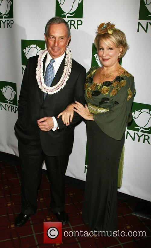 Mayor Michael Bloomberg and Bette Midler 5
