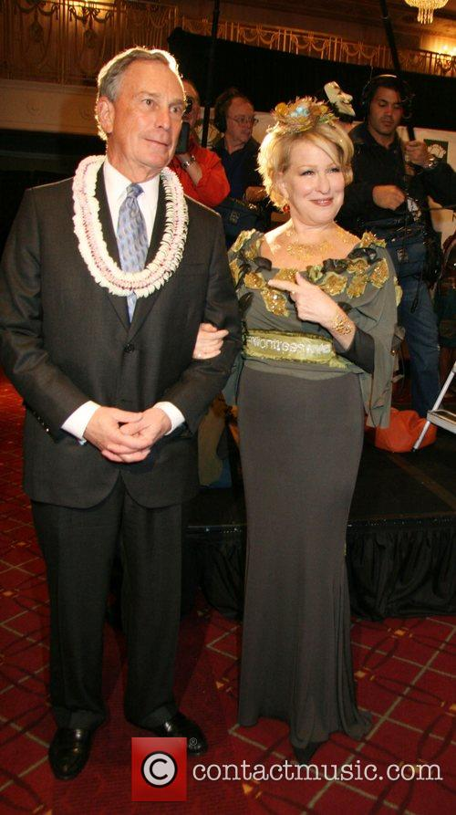 Mayor Michael Bloomberg and Bette Midler 8