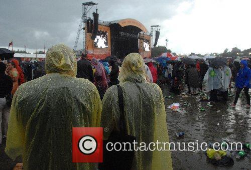 'Hyde Park Calling' festival - day 1