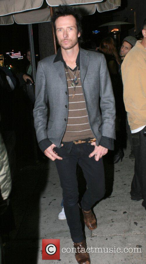 Arrives at Hyde Lounge nightclub.