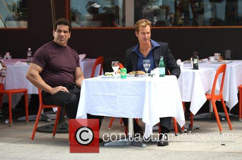 Lou Ferrigno and Rob Huebel 5