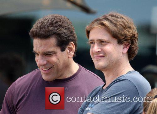 Lou Ferrigno and Jason Segel 8