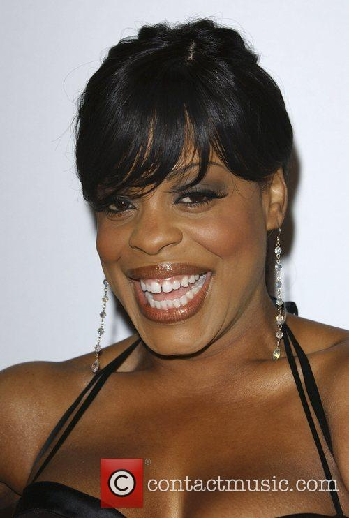 niecy nash bikini beautiful model stars Niecy Nash Niecy Nash Westwood ...