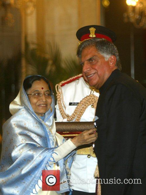 Ratan Tatar eceives the Padma Shri from Indian...