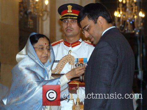 Viswanathan Anand receives the Padma Shri from Indian...