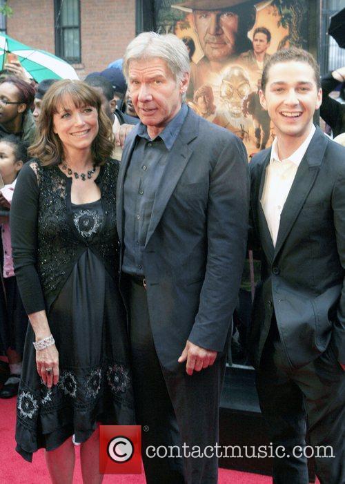 Karen Allen and Harrison Ford 3