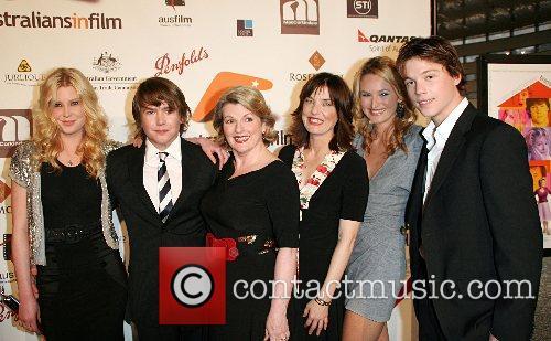 Khan Chittenden, Brenda Blethyn, Cherie Nowlan, Emma Booth,...
