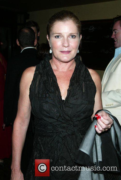 Kate Mulgrew 7