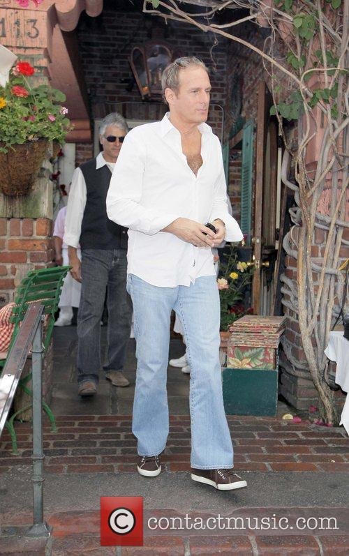 Michael Bolton Vietmanese reality star leaving the Ivy...