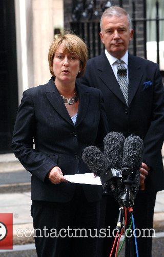 Home Secretary Jacqui Smith and Sir Alan West...