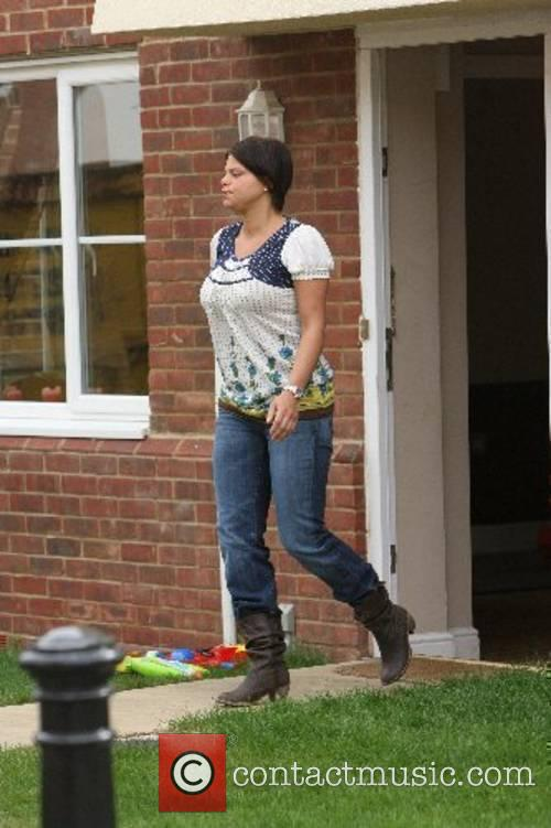 Jade Goody leaving her house to go on...