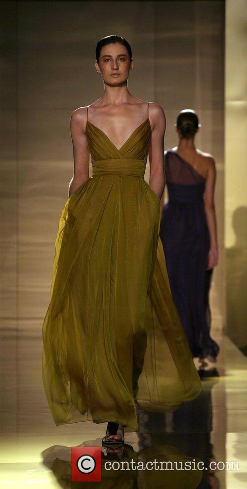 Erin O'Connor London Fashion Week Spring/Summer 2008 -...