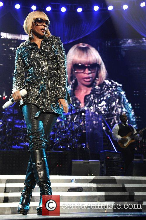 Mary J Blige and Jay-z 4